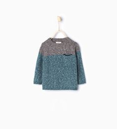 Knit sweater with pocket