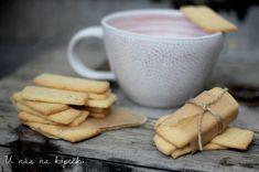 U nás na kopečku: Máslové sušenky Tea Cups, Sweets, Cookies, Baking, Tableware, Food, Essen, Crack Crackers, Dinnerware