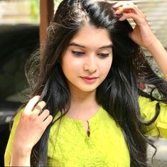 Massage Girl, Dope Wallpapers, Stylish Girl Images, Beautiful Girl Indian, Girls Image, India Beauty, Actresses, Celebrities, Womens Fashion