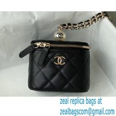 Chanel Pearls Iridescent Grained Calfskin Small Vanity Case with Chain Bag AP2161 Black 2021