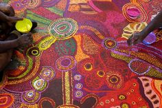 A collaborative painting by nine women from the APY Lands, for the emergency department in Alice Springs. Happy NAIDOC week everyone! Indigenous Education, Indigenous Art, Naidoc Week, Aboriginal Artwork, Great Works Of Art, Alice Springs, Collaborative Art, Tribal Art, Art Google