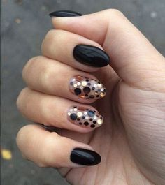 Check her page for more fab rounded art nails @pelikh_Маникюр камифубуки