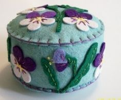Felt Pin Cushion   ...   from Pickle Pie Designs