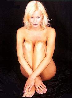 Hot Dinese Van Outen Nude Pics Photos