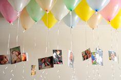 Utilizando suportes simples, é possível personalizar a decoração da festa de aniversário infantil com fotos que mostrem o desenvolvimento da criança. Na proposta acima, cópias de fotos foram presas a balões cheios com gás hélio. Veja a seguir como executar essa ideia e outras cinco | Produção: Cristiane Alberto - Do UOL, em São Paulo | Agradecimentos: Tok