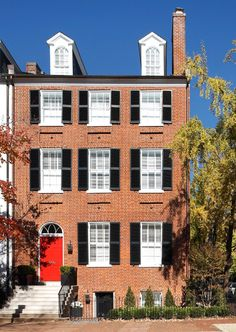 Federal-style townhouse in Georgetown