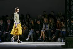 Dries Van Noten Spring 2016 Ready-to-Wear Atmosphere and Candid Photos - Vogue