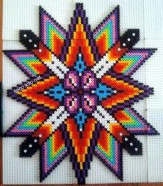 DECO.KDO.NAT: Perles hama: étoile multicolore Pony Bead Patterns, Pearler Bead Patterns, Perler Patterns, Beading Patterns, Diy Perler Beads, Pearler Beads, Fuse Beads, Art Perle, Motifs Perler