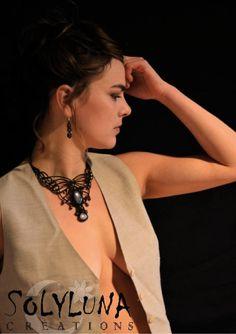Macrame Necklace, Macrame Jewelry, Macrame Bracelets, Micro Macramé, Brooch, Craft Ideas, Drop Earrings, Couture, How To Wear