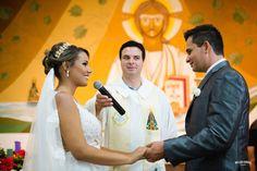 """O """"SIM"""" que vem do coração, lindo e emocionante casamento em Lorena   http://williancorrea.com/blog/wedding-leticia-e-alan    #williancorreafotografia  #fotografiadecasamento  #casamento  #weddingday #wedding #bride #noiva #vestidodenoiva #fotosdecasamento #instabride #casamentosp"""