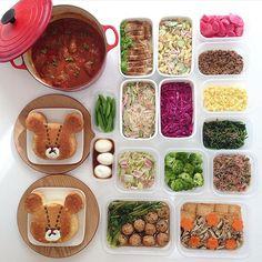 Instagram media by kohacafe - + ▹◃┄▸◂┄▹◃┄▸◂┄▹◃┄▸◂┄▹◃ . . いつもの#作り置き で おはようございます✨ 今日はめずらしく 長男が熱でお休みしてます… まだ寝てるので そっと様子見守ります。 . いつもコメントありがとう ございます なかなかお返事出来ずに 申し訳ありません . #常備菜 #kohacafe常備菜 . Menu. ○ルク stewed hamburger steak (煮込みハンバーグ) ○鶏肉の照り焼き ○マカロニサラダ ○赤カブ漬物 ○ゆでスナップエンドウ ○味付け卵 ○中華はるさめサラダ ○紫キャベツの甘酢漬け ○肉そぼろ ○たまごそぼろ ○ほうれん草胡麻和え ○白菜とベーコンミルク煮 ○ゆでブロッコリー ○ラディッシュふりかけ ○豆腐とひじきの鶏団子と 小松菜の煮物 ○厚揚げステーキ 和風きのこソースかけ ○デザート ジャッキーケーキ2個 . . ▹◃┄▸◂┄▹◃┄▸◂┄▹◃┄▸◂┄▹◃