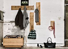 Porte-manteau Vertical Scoreboard - We Do Wood - Image 4