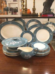 Mid century Bristol pottery 22 piece dinner service