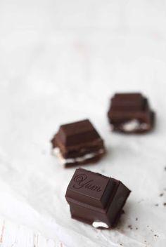 caramel marshmallow chocOlate brownie bar