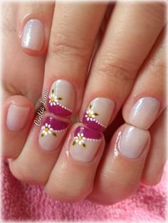 Nail patterns or nail art is an extremely hassle-free concept - patterns or art which is used to embellish the finger or toe nails. You can use them mostly to enhance a dressing up or improve a daily look. French Tip Nail Designs, Classy Nail Designs, French Tip Nails, Toe Nail Designs, Pedicure Nail Designs, Super Cute Nails, Pretty Nails, Vacation Nails, Spring Nail Art