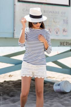Look Effortlessly Stylish at the Beach by Stylishly Me