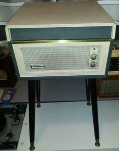 Vintage DANSETTE BERMUDA 1960s Record Player   by FromDECOtoDISCO