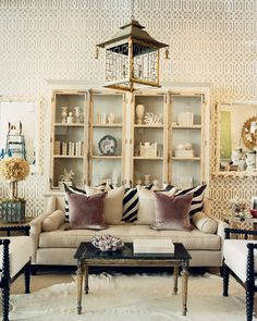 See more images from 12 Perfect Ways to Decorate with Throw Pillows on domino.com