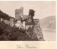 Allemagne, Château de Rheinstein    #Europe #Allemagne_Deutschland