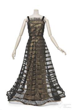 Vionnet evening dress, 1939 From Les Arts Décoratifs via Europeana Fashion