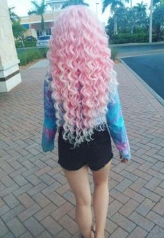 Vibrant pink pastel hair ideas, pink mermaid hair color looks Hair Dye Colors, Cool Hair Color, Curled Hairstyles, Pretty Hairstyles, Scene Hairstyles, Unique Hairstyles, Pink Hairstyles, Short Hairstyles, Hairstyle Ideas