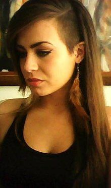 undercut a friend of mine is growing her hair like this...
