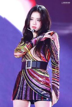 Troublemakers (bts x blackpink) Kim Jennie, Stage Outfits, Kpop Outfits, Kpop Girl Groups, Kpop Girls, Beautiful Player, Moda Kpop, Black Pink ジス, Blackpink Photos