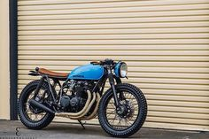 """Here is a full picture of @seaweedandgravel blue Honda CB550 . . . #caferacer #hondacb #honda #motorcycle #style #beautiful #mcm #wcw #hot #vintage…"""