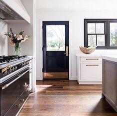 BECKI OWENS- Be Mine: 10 Kitchens we LOVE