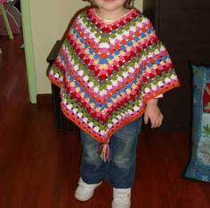 Kids poncho, free pattern