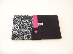 portefeuille noir en suedine et tissu graphique pois noir et gris details fuchsia : Porte-monnaie, portefeuilles par tchai-walla