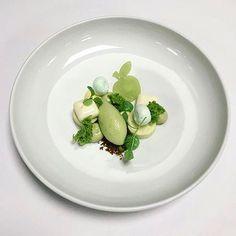 Granny smith apple, lemongrass & pistachio. Dish uploaded by @alphonse.at.work #gastroart