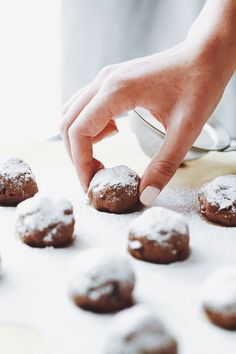 Delicious vegan recipes from Earth Balance. Have fun cooking & baking with principle. Plant-based, non-GMO, and trans fat-free. Plant-Made. Chocolate Buckeyes, Vegan Chocolate, Vegan Treats, Vegan Desserts, Dairy Free Cookies, Cookies Vegan, Buckeye Cookies, Chocolate Snowballs, Blackberry Syrup