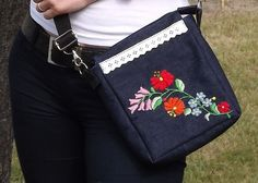 FREE SHIPPING Messenger bag with Kalocsa by Mariannasboutique, $50.00