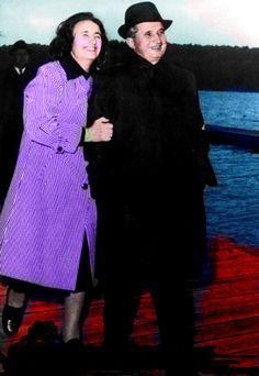 Lovitură de stat 1989 | Nicolae Ceauşescu Preşedintele României site oficial Childhood Memories, High Neck Dress, Dresses With Sleeves, Halloween, Long Sleeve, Fashion, Military, Gowns With Sleeves, Moda