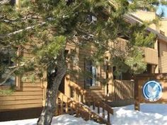 Mammoth Lakes (CA) Snowbird Condos at Mammoths Canyon Lodge United States, North America Snowbird Condos at Mammoths Canyon Lodge is conveniently located in the popular Mammoth Lakes City Center area. The hotel offers a high standard of service and amenities to suit the individual needs of all travelers. To be found at the hotel are free Wi-Fi in all rooms, 24-hour front desk, family room, laundry service, shuttle service. All rooms are designed and decorated to make guests fe...