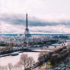 Bonjour have a good day my friends #paris .