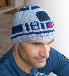 "Star Wars R2D2 Droid ski toque/hat - ""Winter Icy Hoth Edition"""