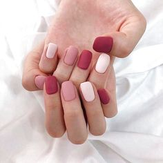 In look for some nail designs and some ideas for your nails? Here is our listing of must-try coffin acrylic nails for trendy women. Pastel Nail Art, Cute Acrylic Nails, Matte Nails, Velvet Nails, Ten Nails, Nailart, Finger, Minimalist Nails, Dream Nails