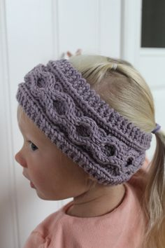 Lovely headband with cables, size 2-4 and 4-8 yrs wwww.mykenoster.no