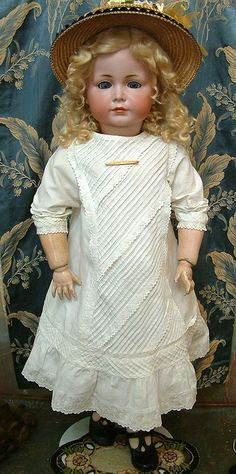 "Absurdly Extraordinary 33""  Huge Kammer & Reinhardt 117A  Mein Liebling Closed Mouth Pouty Character Doll"