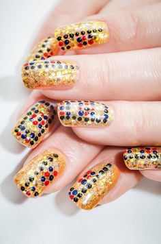Feast your eyes on this great new collection of Original and Creative Nail Art Designs! 30 gorgeous nail designs to inspire your creativity. 2015 Hairstyles, Cute Hairstyles, Fun Nails, Orly Nails, Nice Nails, Finger Nail Art, Unique Makeup, Creative Nails, Gorgeous Nails