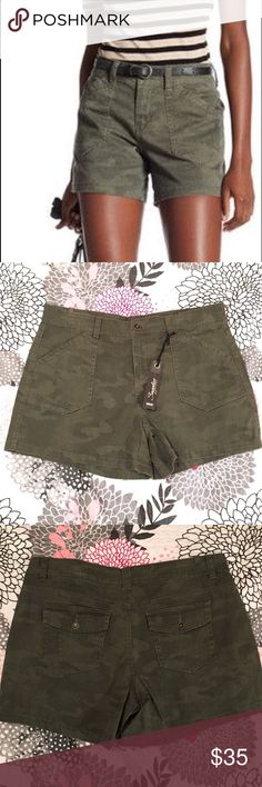 NWT Supplies Unionbay Alix Twill Camo Shorts 16 Paired with a comfy tee, these shorts will become your favorite during warmer days.  Zip fly with button closure Front slit pockets Back patch pockets with button and flap closure 96% cotton, 4% spandex Machine wash cold This style fits true to size Olive green camouflage print   Brand new with tags  Size 16, please let me know if you would like any measurements UNIONBAY Shorts