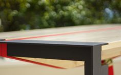 ISACCO gravityless desk on Furniture Served