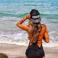 Boné Vidigal QQY http://www.qqy.com.br/bones/bone-vidigal-qqy.html #repost @marilombardii  Beach feelings ☀️⛱ #verãoeuteamo