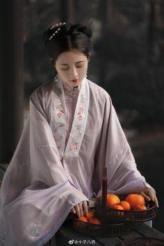 Chinese Wedding Dress Traditional, Chinese Style, Hanfu, Renaissance, Fashion Show, Art Gallery, Asia, Cosplay, Wedding Dresses