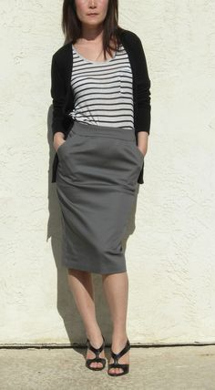 ArtAffect Basic Pencil Skirt in Gray