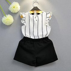 Details about Kids Baby Girls Sleeveless Blouse+Shorts Summer Girls Fashion Clothes Sets Kids Dress Wear, Dresses Kids Girl, Kids Outfits Girls, Baby Outfits, Cute Outfits, Girls Shoes, Girls Fashion Clothes, Baby Girl Fashion, Kids Fashion