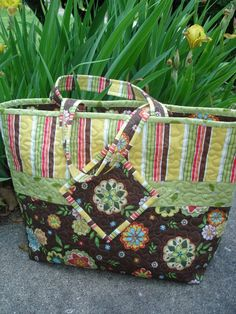 Market Quilt Tote Bag! Like the added detail