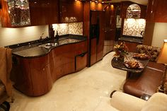 https://www.flickr.com/photos/millenniumluxurycoaches/6809249179/in/set-72157629149887083